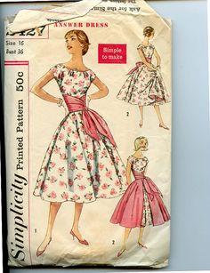 Simplicity 2427 Misses 1950s Dress Pattern by VioletCrownEmporium, $19.00