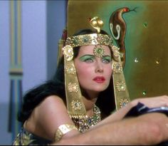 """Rhonda Fleming as Cleopatra in """"Serpent of the Nile"""" Egyptian Beauty, Egyptian Queen, Egyptian Goddess, Egyptian Art, Hollywood Costume, Hollywood Fashion, Old Hollywood, Classic Hollywood, Helen Rose"""