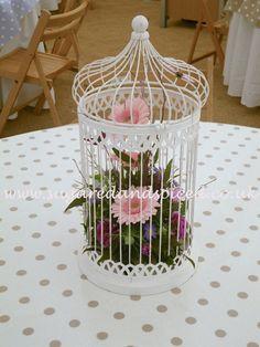 http://www.sugaredandspiced.co.uk/gallery/birdcage-med.jpg