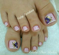 Floral pattern nails step by step French Pedicure, Pedicure Nail Art, Pedicure Designs, Toe Nail Designs, Nail Polish Designs, Toe Nail Color, Toe Nail Art, Nail Colors, Pretty Toe Nails