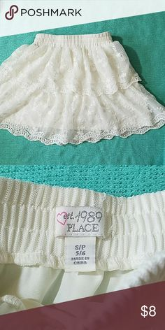 Adorable off white lace skirt girls 5/6 Childrens Place girls off white lace skirt 5/6 Children's Place Bottoms Skirts