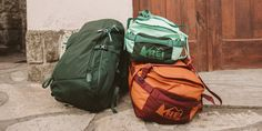 30 Wonderful Picture of Camping Gear You Need To Carry On. Camping is increasingly turning into a leisure pursuit of several. It is a fun activity that you can do to be closer to your family. Based on the type. Travel Luggage, Travel Backpack, Luggage Bags, What To Bring Camping, Camping With Kids, Outdoor Survival Gear, Carry On Packing, Baggage Claim, Camping Gear