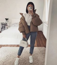 30 Looks ideas – Fashionthestyle Trendy Fall Outfits, Casual Winter Outfits, Winter Fashion Outfits, Retro Outfits, Mode Outfits, Look Fashion, Stylish Outfits, Unique Outfits, Female Fashion