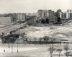Madrid (Spain). The AZCA's business center, at its first stages (around 1960) / Madrid. El centro de negocios de AZCA antes de comenzar las obras (hacia 1960).