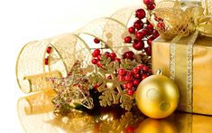 Download wallpapers New Year, gold decoration, Christmas, gold snowflake, silk ribbons