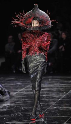 "Outrageous ""Hats"" at Alexander McQueen Fashion Show: Recycled Birdcage"