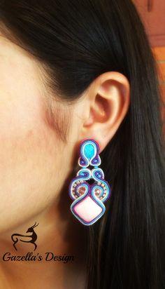 Candy... Purchase info gazellasdesign@gmail.com or or visit www.poshmark.com/closet/gazellasdesign #soutache #earrings #elegantearrings #elegance #fashionpolis #texasfashion #madeforyou #handmade #trendingcolors #summer #summercolors #handmadeset #accesoriesshop #custommade #jewelry #texas #houstongram #getyours #trendingnow #jewelryset #onlineshopping #onlinestore #shophouston #brownnecklace @gazellasdesign