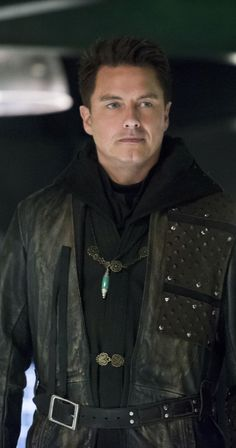 Arrow 4x18 - Malcom Merlyn (John Barrowman) HQ
