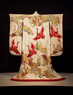 Furisode of ivory silk embroidered with gold and silver, Japanese, 20th century, KSUM 1983.1.830.