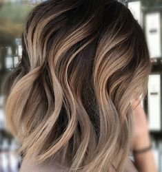 Short hair blonde brown hair color
