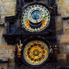 Prague Astronomical Clock, CZECH REPUBLIC (by MariusRoman) Prague is one of the most beautiful cities in Europe and is one of the first items on my list. Art Nouveau, Art Of Memory, Prague Astronomical Clock, Gothic Architecture, Kirchen, Czech Republic, Beautiful Places, Old Things, Around The Worlds