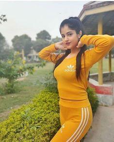 Plus Size Fashion Blog, Curvy Fashion, Love Fashion, Girl Fashion, Fashion Clothes, Winter Fashion, Fashion Dresses, Beautiful Bollywood Actress, Most Beautiful Indian Actress