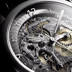 http://www.horloger-paris.com/fr/ #Vacheron #Constantin Quai de I'lle #Squelette #VacheronConstantin #Montredeluxe #Luxe