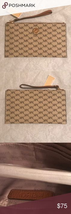 7fa4db130386 Michael Kors Monogrammed Wristlet New with tags