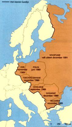 In de Koude Oorlog verdeeld in twee delen: het westblok wat werd bestuurd door de VS. En het oostblok wat werd bestuurd door de Sovjet-Unie.