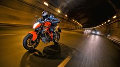 KTM 1290 Super Duke R Test Ride Moto HD Wallpaper