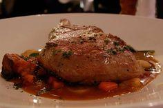 Una recetta facile con carne di maiale, sono le braciole con salsa worcester, bistecche speciali per i vostri secondi piatti sfiziosi.