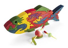 Scrollsawn Fishy Puzzle Woodworking Plan from WOOD Magazine