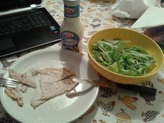 Di solito a cena bevo una tazza di latte con i cereali, questa sera ho deciso di mangiare sano.