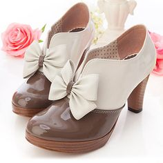 "Gyaru Lolita shoes and more. by Gyaru-neverdie on DeviantArt - Gyaru Lolita shoes and more… by Gyaru-neverdie.de… on deviantART "" Gyaru Lolita shoes and mor - Pretty Shoes, Beautiful Shoes, Crazy Shoes, Me Too Shoes, Fashion Shoes, Fashion Accessories, Shoe Boots, Shoes Heels, Pump Shoes"