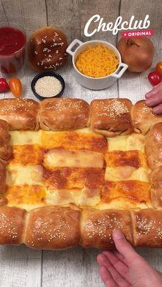 Fun Baking Recipes, Snack Recipes, Dessert Recipes, Cooking Recipes, Cheesy Recipes, Mexican Food Recipes, Buzzfeed Tasty, Tiny Food, Food Cravings