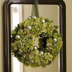 Hydrangea Christmas Wreath from FrySauceandGrits.com