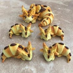 Okay hit me with some gaming theme food ideas. First up, dragon croissant! Getting ideas for my D&D birthday party next month! Cute Food, Good Food, Yummy Food, Cute Desserts, Aesthetic Food, Croissants, Creative Food, Kids Meals, Food And Drink