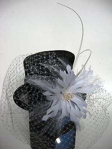 Paris Theme Bridal Shower Table Decorations Vintage Hat With Pearls And Perfume Bottle For