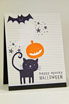 Happy Spooky Halloween Card by Erin Lincoln for Papertrey Ink (August 2014)