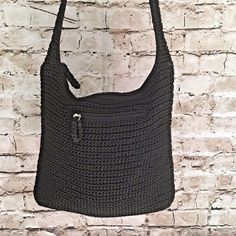 7aa0884819a6 THE SAK Classic Crochet Crossbody Purse Shoulder Bag Black Flat Bottom