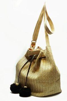 Straw Handbags, How To Make Handbags, Bucket Bag, Burlap, Reusable Tote Bags, Fabric, Look, Women, Fashion