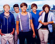 ok, i know i'm to old but i love love love them, especially Niall,   One Direction? yes please