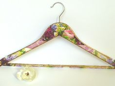 Floral Hanger, Bradesmade Gift, Unique Hanger, Made to order, Wedding Gift, Wedding dress, Romantic hanger