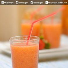 Jus Apel Jeruk Lemon (untuk detoksifikasi)  Bahan-bahan : gambar jus apel jeruk lemon untuk detox 500 gram apel malang cuci bersih 1 buah jeruk lemon peras airnya  Cara membuatnya : 1. Masukkan buah apel ke dalam juice extractor proses hingga sari buahnya keluar. 2. Tampung dalam gelas tambahkan air jeruk lemon. 3. Aduk rata sajikan segera. http://ift.tt/1MkwSP7