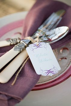 purple+calligraphy+linen+napkin