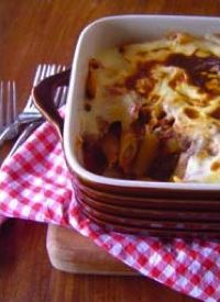 Beef, capsicum and tomato pasta bake | Destitute Gourmet