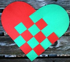 Sweden/Norwegian_Christmas_Hearts- Kid World Citizen Norway Crafts For Kids, Holiday Crafts For Kids, Christmas Activities, Christmas Traditions, Swedish Traditions, Holiday Ideas, Sweden Christmas, Norwegian Christmas, Scandinavian Christmas