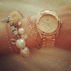 Watch with bracelets