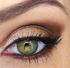 Brown eye shadows