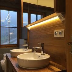 Badbeleuchtung - realisiert durch die IMMER AG Lux-Manufaktur Sink, Bathtub, Led, Bathroom, Design, Home Decor, Sink Tops, Standing Bath, Washroom