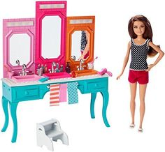 Check out the Barbie® Sisters - Skipper® Doll & Vanity Playset at the official Barbie website. Explore the world of Barbie now! Barbie Doll Set, Barbie Sets, Doll Clothes Barbie, Barbie Dream, Barbie Barbie, Barbie Website, Accessoires Barbie, Barbie Playsets, Barbie Sisters