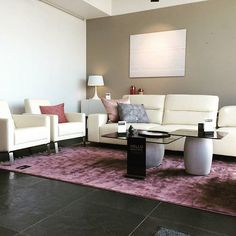Hampton sofa, in your living room with concrete Bilbao coffe table   BoConcept Trójmiasto  BoConcept Gdynia  #bctrojmiasto