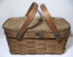 Antique Mini Oak Splint Picnic Basket w/Hinged Lid & Bentwood Handles