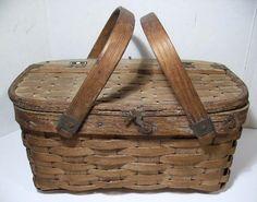 Antique Mini Oak Splint Picnic Basket w/Hinged Lid & Bentwood Handles
