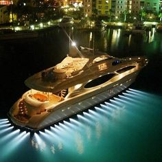 Dig the lights, will have to remember that when we do the yacht build out.