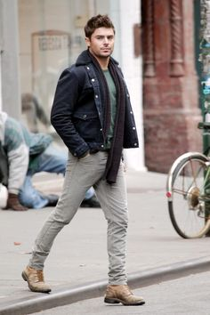 """Zac Efron filming scenes on the NYC set of """"Are We Officially Dating?"""""""