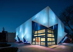 Dutch EU building features a facade combining tensile fabric and 3D-printed bioplastic