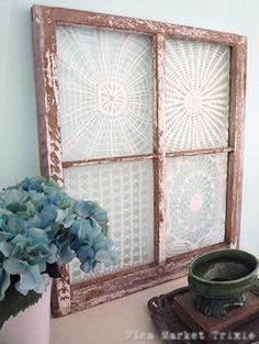 Dicas da Vila do Artesão - Moldura de janela se transforma em painel com toalhas de crochê