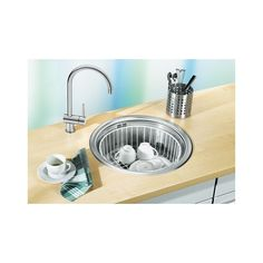 Sink I want for my tiny house Blanco Kitchen Sinks, Machine A Cafe Expresso, Stainless Steel Bowl, Dog Bowls, Faucet, Tiny House, Small Spaces, Simple, Home Decor