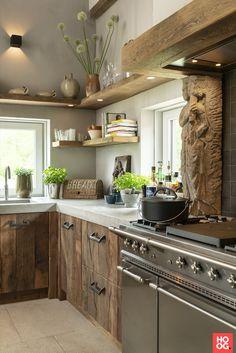 Barn Kitchen, Open Plan Kitchen, Rustic Kitchen, New Kitchen, Kitchen Decor, Earthy Kitchen, Cottage Kitchens, Modern Farmhouse Kitchens, Kitchen Flooring